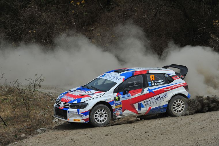 FOTO: El campeón Nico Díaz se lució y ganó la Maxi Rally.