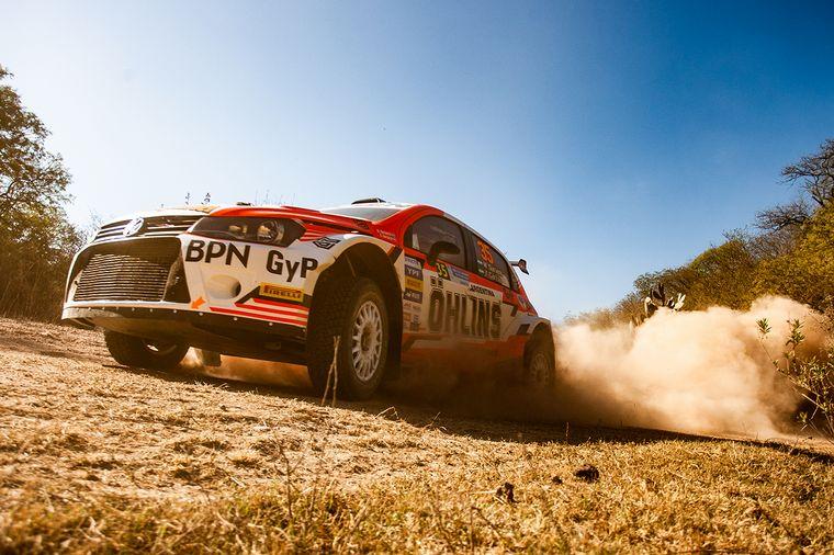 FOTO: Gran trabajo de Gastón Pasten, escolta en Maxi Rally.
