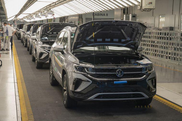 FOTO: Volkswagen en Argentina alcanzó la producción de 11.445 unidades del nuevo SUV Taos.